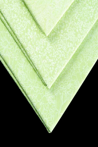 greens-tone-on-tone-paste-print-fabric-freedom-pastel-apple-green