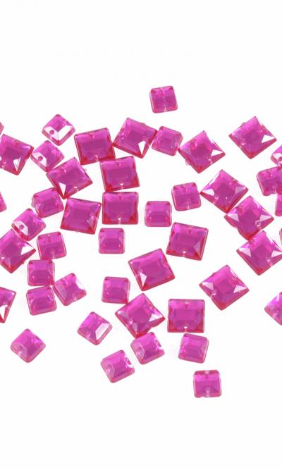 6-8mm-fuchsia-square-sew-on-bling-gems