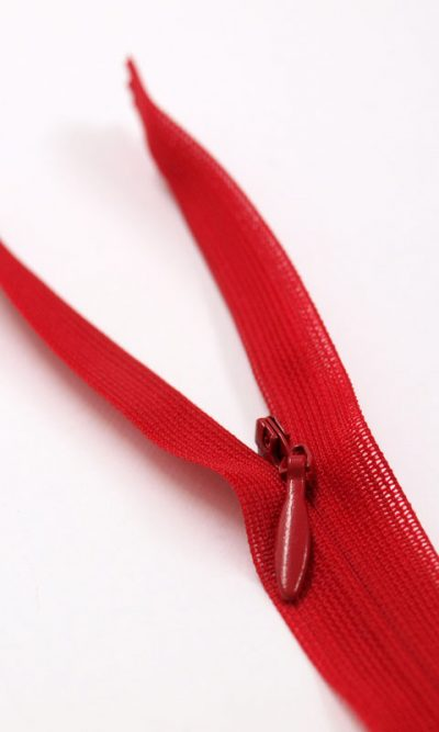 22-56cm-red-invisible-concealed-zip
