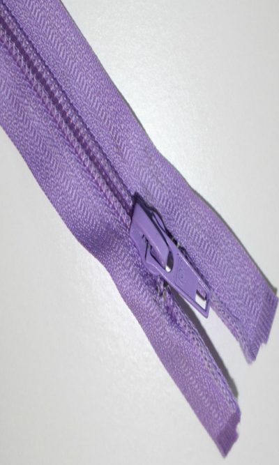18-46cm-lilac-open-ended-zip