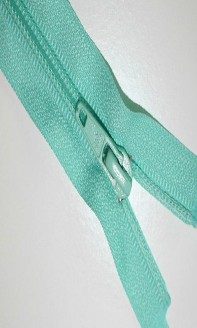 10-25cm-mint-green-open-ended-zip